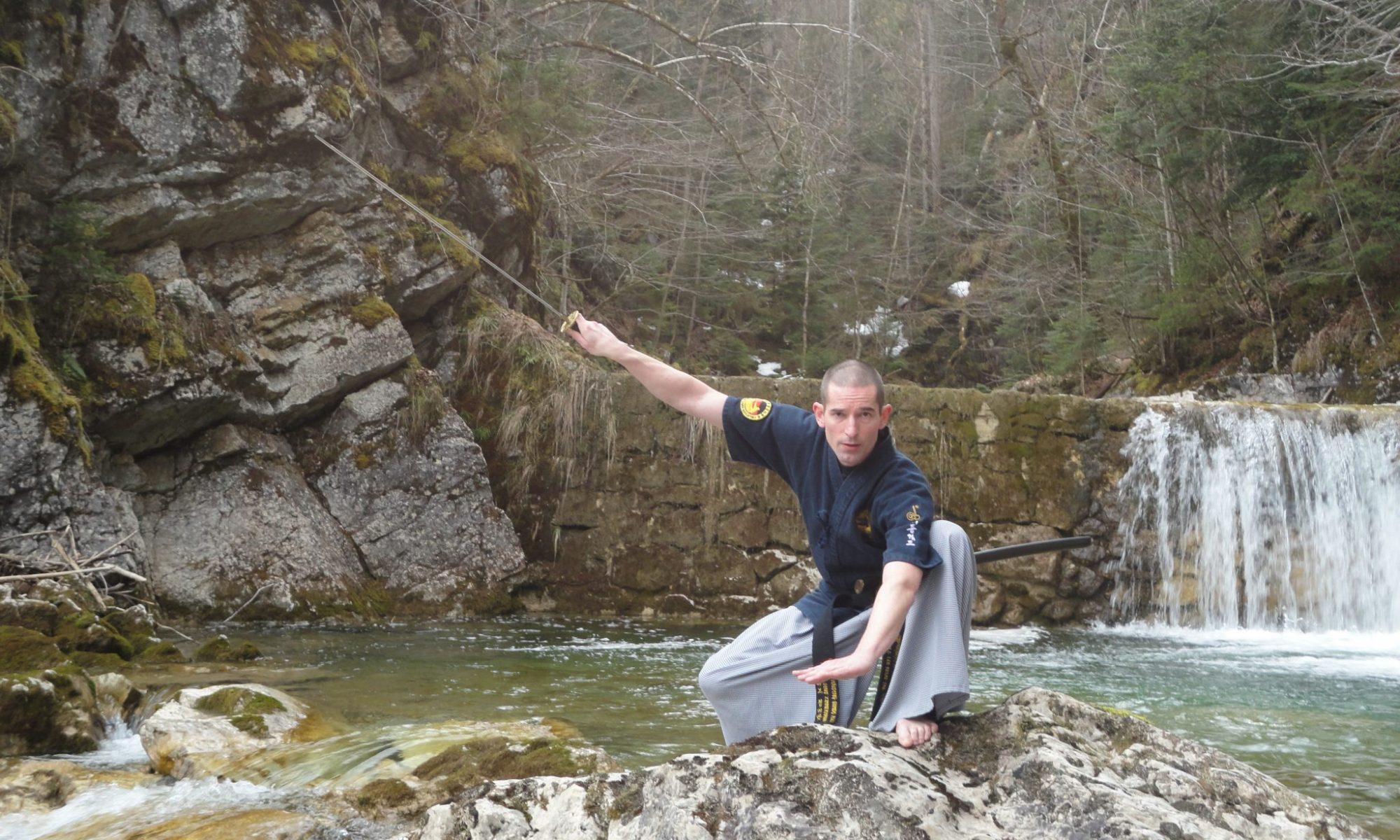 Schulmeister Dino Zimmermann am Wasserfall